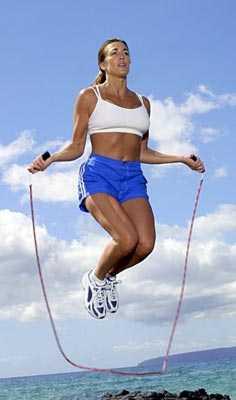 Saltar la cuerda nos mantiene en forma l nea y forma - Allenamento pugilato a casa ...