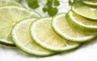 Food_Fruits_and_Berryes_Green_Lemon_014709_