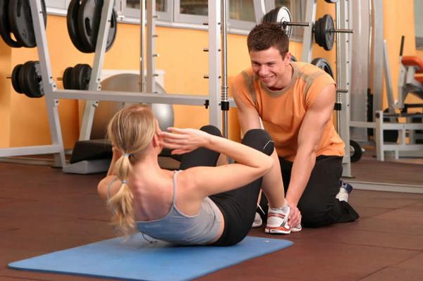 Un entrenador personal es un especialista en fitness
